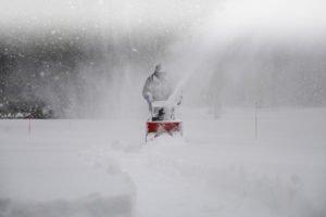 snerydning i meget sne